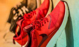 De geschikte sneakers voor jongens
